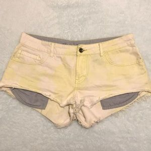 yellow/white denim shorts